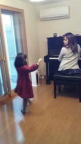 体験風景 踊り.jpg
