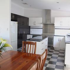 bella_8_kitchen.jpg