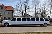 Navigator stretch limo side view
