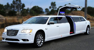 10 passenger Chrysler Jet Door Modlin Airport limousine
