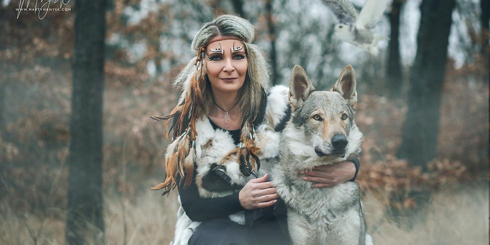 "Tematické a Fantasy focení s ""vlkem"""