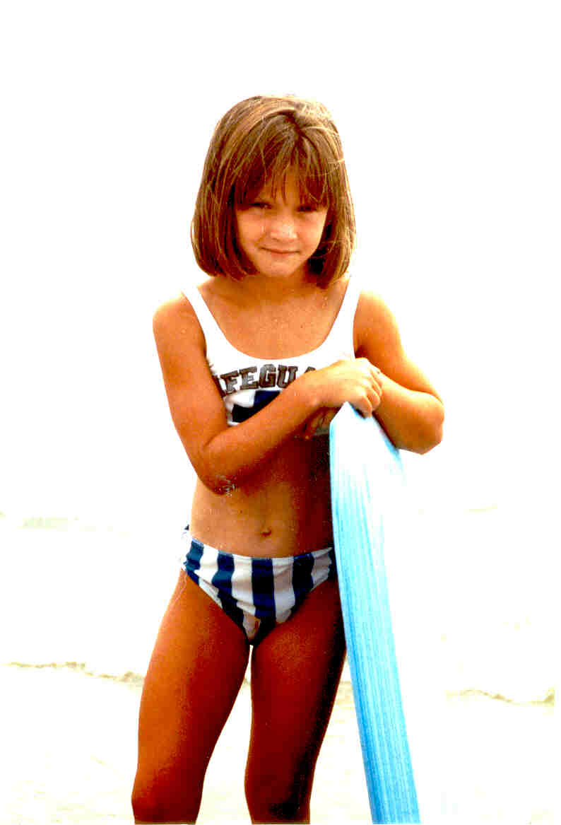 Jessie at Ocean City - Age 6.jpg