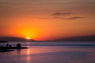 закат на берегу озера Иссык-Куль