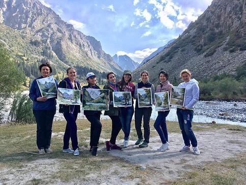 Есть 2 места в майский акварельный тур в Киргизию с Анастасией Кустовой
