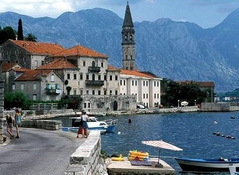 Едем на пленер в Черногорию в июне! Пора покупать билеты!