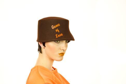 Game of Love brown felt cap