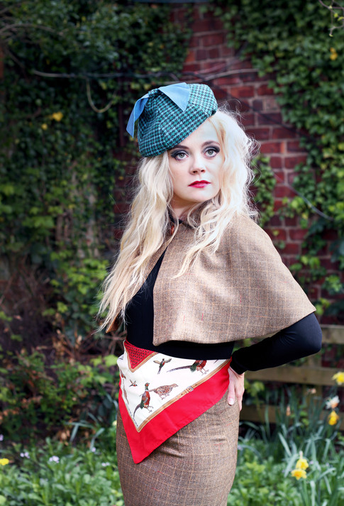 Tweed Beret with bow detail