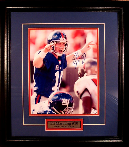 Manning, Eli Autographed Giants 8x10 Photo Framed