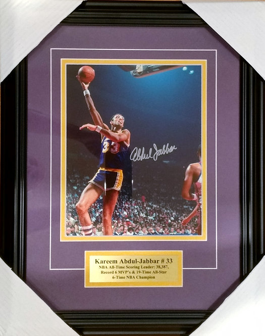 Jabbar, Kareem-Abdul Autographed Lakers 8x10 Photo Framed