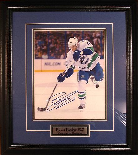 Kesler, Ryan Autographed Canucks 8x10 Photo Framed