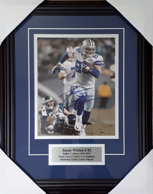 Witten, Jason Autographed Cowboys 8x10 Photo Framed