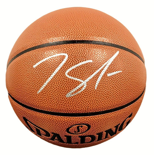 Towns, Karl-Anthony Autographed Spalding Basketball