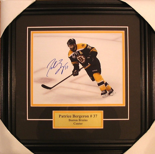 Bergeron, Patrice Autographed Bruins 8x10 Photo Framed