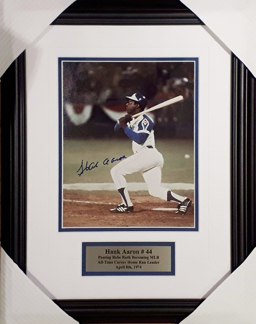 Aaron, Hank Autographed Braves 8x10 Photo Framed