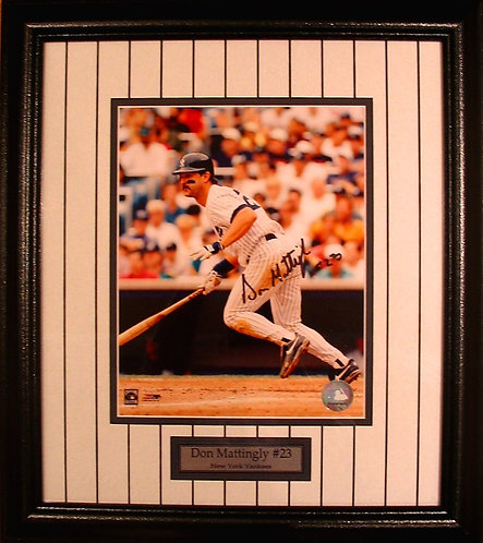 Mattingly, Don Autographed Yankees 8x10 Photo Framed