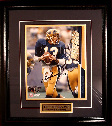 Marino, Dan Autographed University of Pittsburgh 8x10 Photo Framed