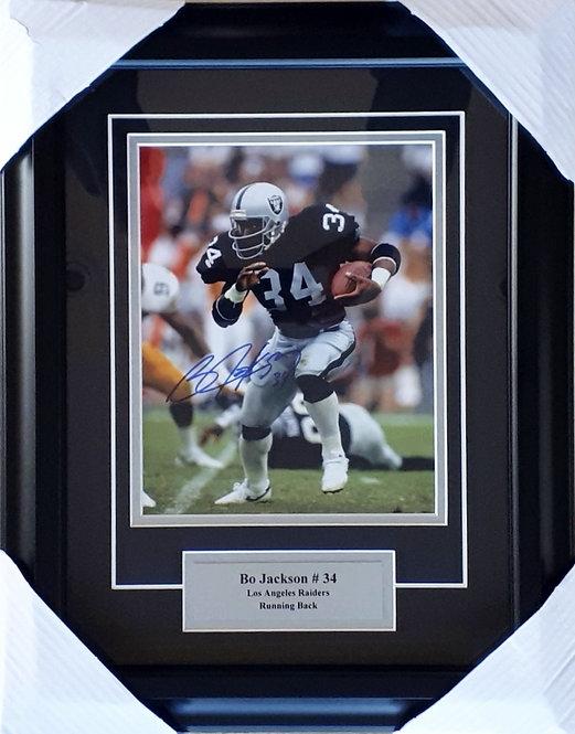 Jackson, Bo Autographed Raiders 8x10 Photo Framed