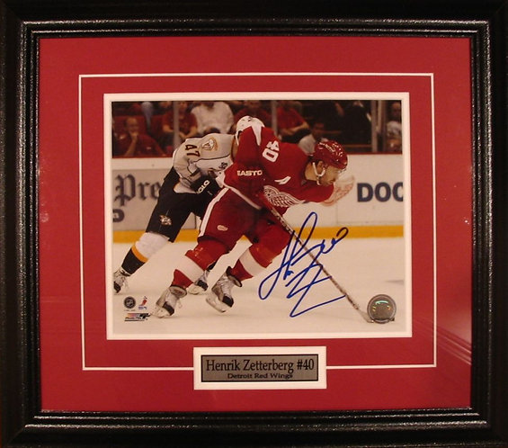 Zetterberg, Henrik Autographed Red Wings 8x10 Photo Framed