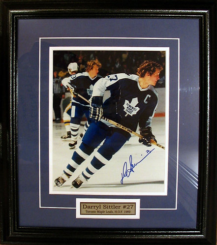 Sittler, Darry Autographed Maple Leafs 8x10 Photo Framed