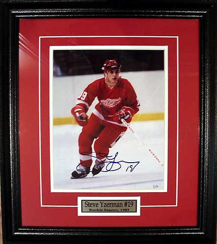 Yzerman, Steve Autographed Red Wings Rookie 8x10 Photo Framed