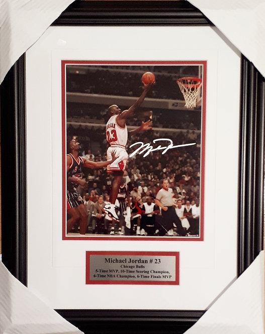 Jordan, Michael Autographed Bulls 8x10 Photo Framed