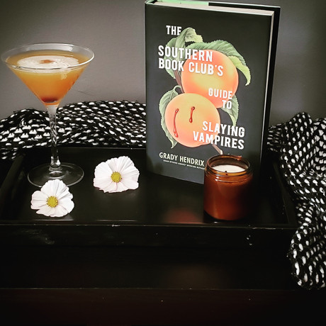 Amaretto Aloha (The Southern Book Club's Guide to Slaying Vampires)