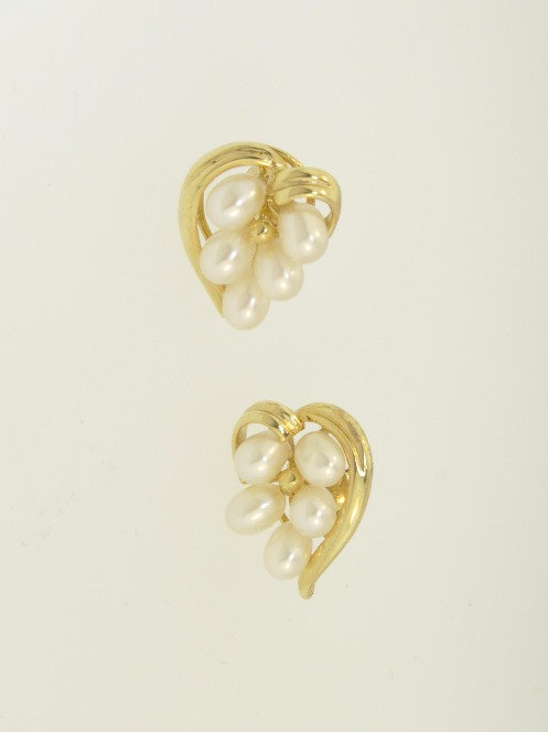 GOLD HEART EARRINGS WITH TEARDROP PEARLS