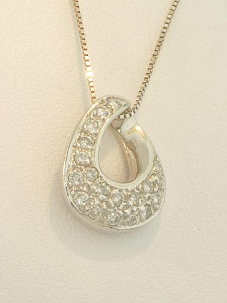 PAVE DIAMOND LOOP NECKLACE