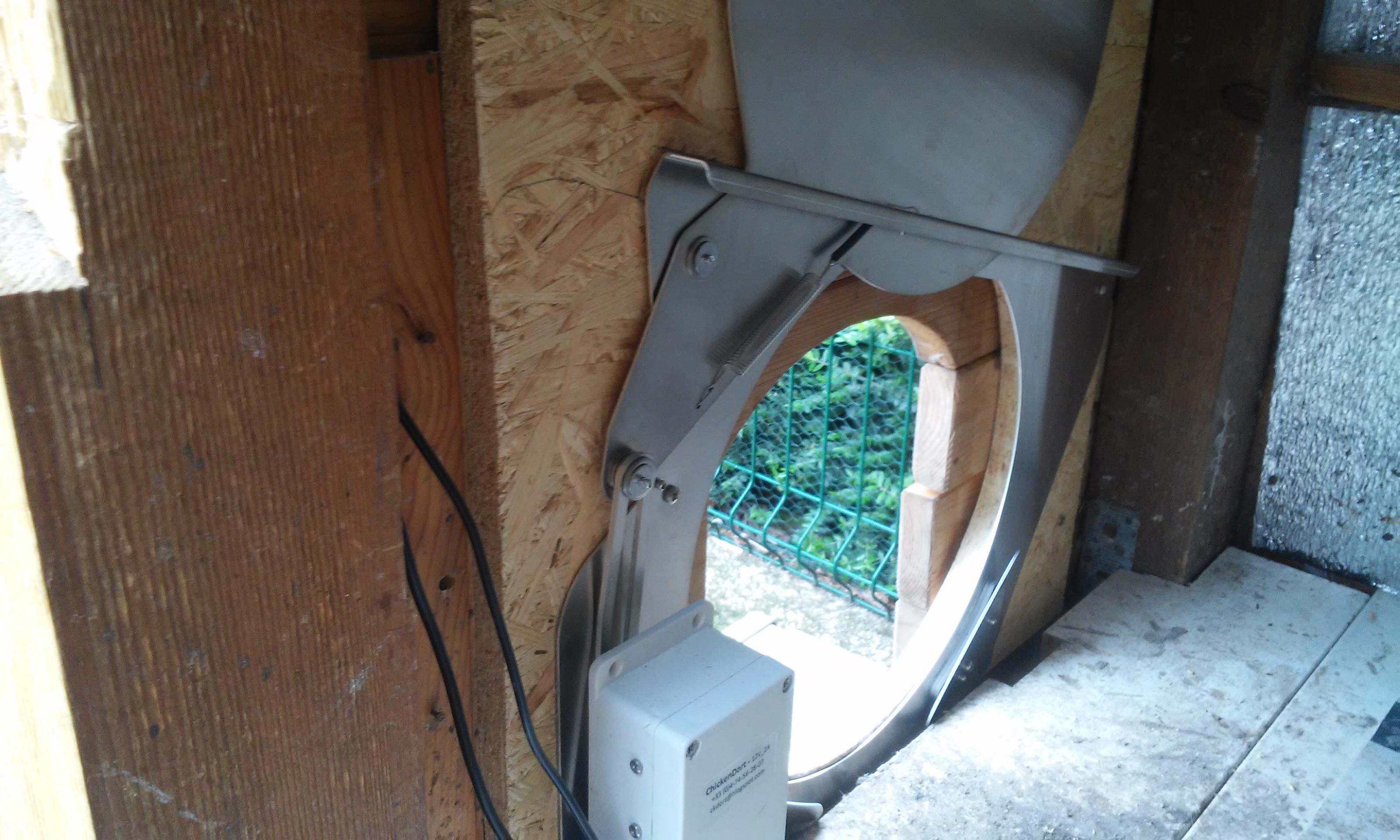 Porte poulailler automatique CKDort_23