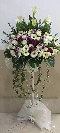 Condolence Wreath C2804