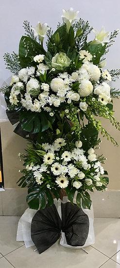 Condolence Wreath C6801