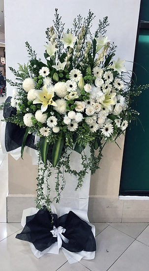 Condolence Wreath C4501