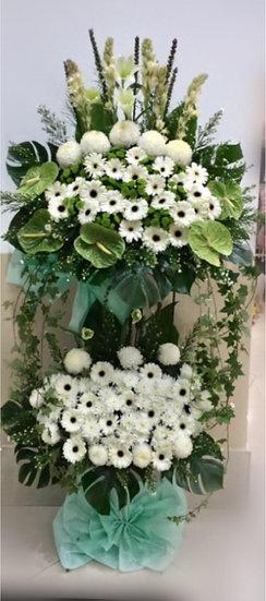 Condolence Wreath C8501