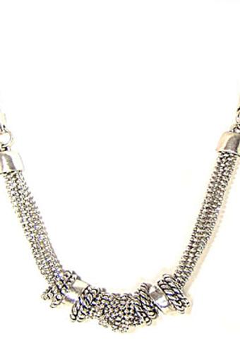 Collier chaînes et anneaux