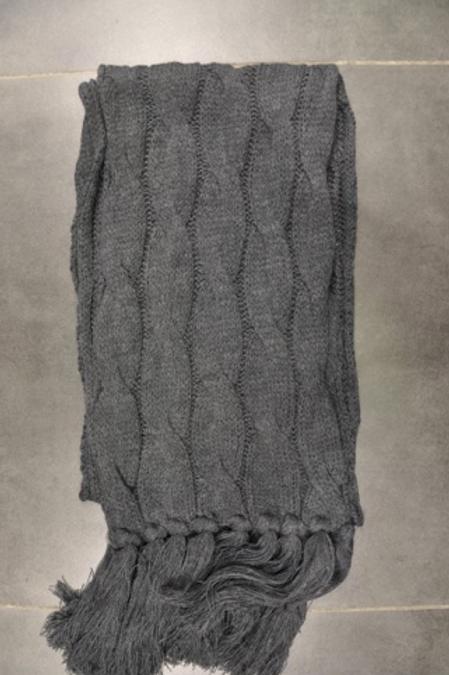 Echarpe grise foncée