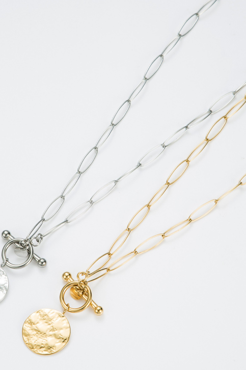 Collier chaîne avec médaillon argent