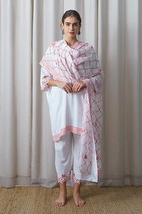 White Muslin Phiran with Reddish Pink Aari Embroidery
