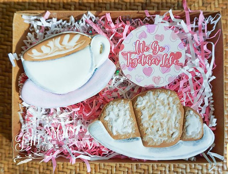 Cafe au Lait and Beignets 🤍🤎💛 Check b