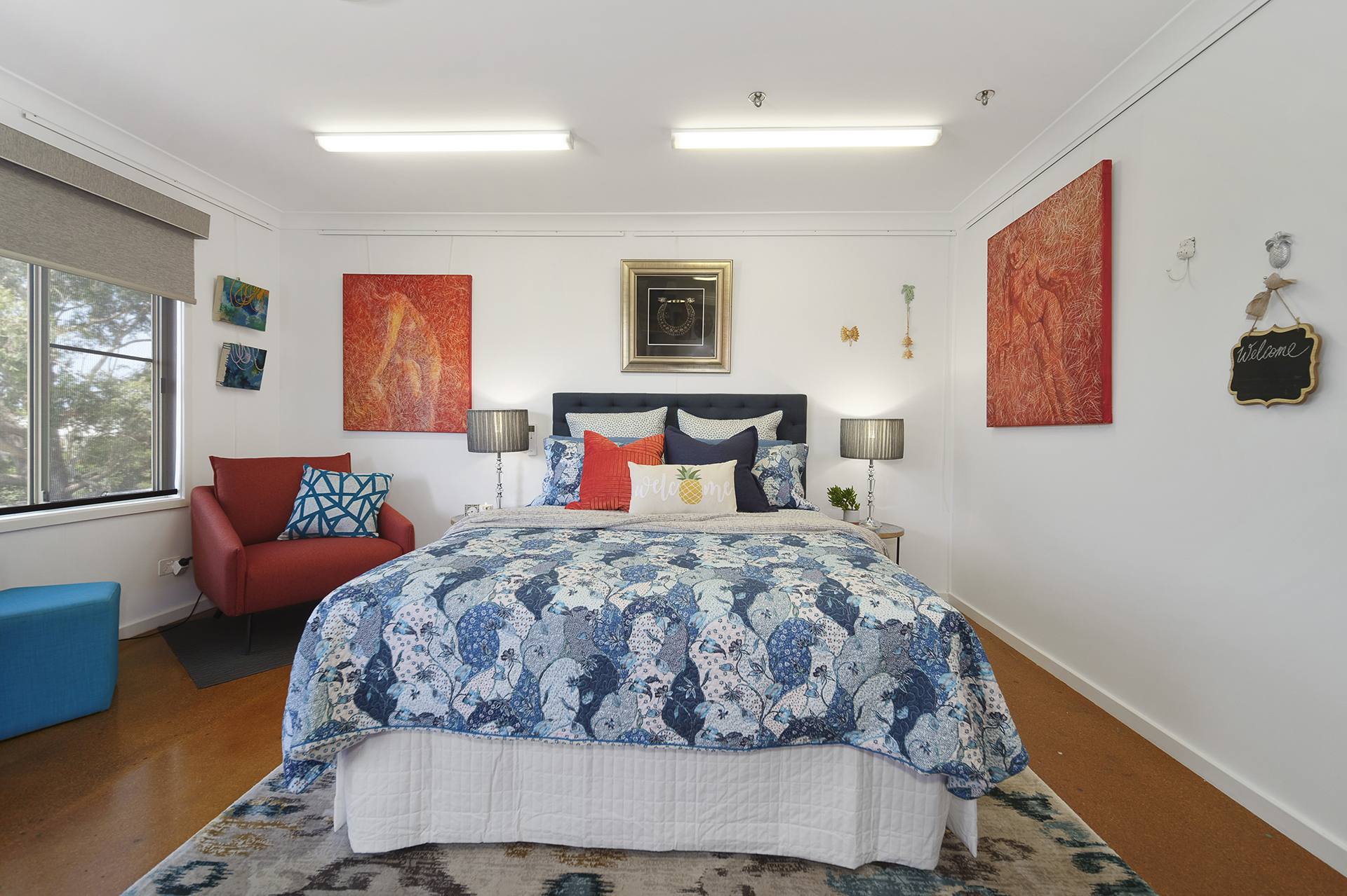 Artist Loft Queen Bed