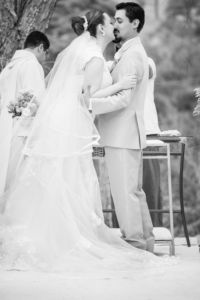 casamento vestido noiva noivos fotografobh fotografo beijo cerimônia