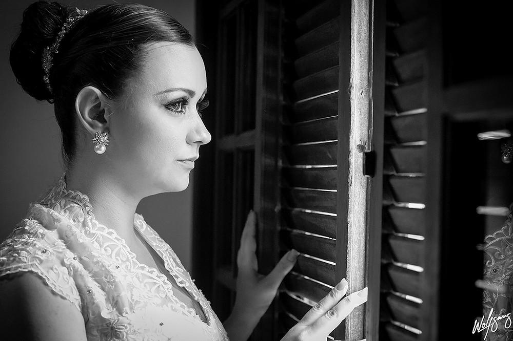 casamento vestido noiva noivos fotografobh fotografo janela hair make up making of