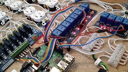 Elektronické dráty