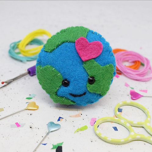 Earth Love Felt Sewing Kit
