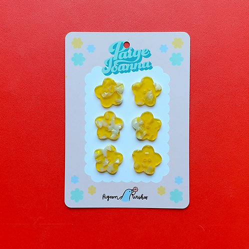 Paige Joanna X Pigeon Wishes Buttons Buttercup 25mm