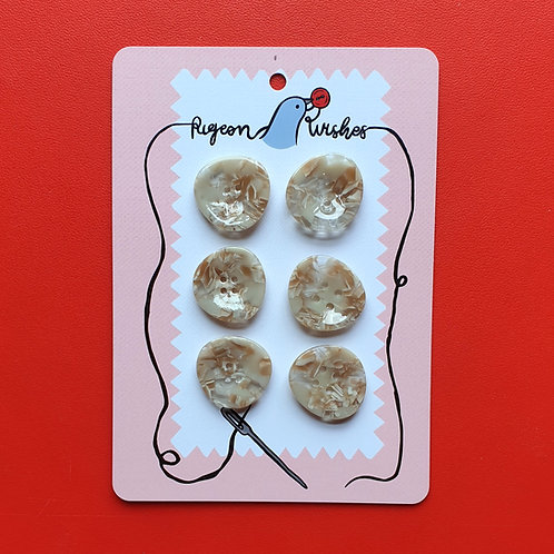 Pigeon Wishes Buttons Plume Feather 25mm