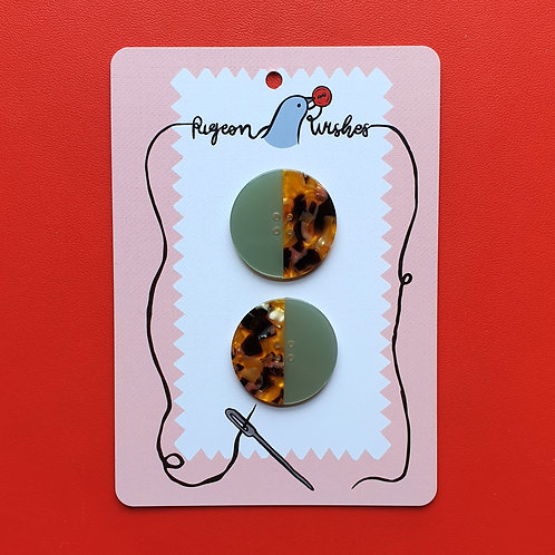 Pigeon Wishes Buttons Ocean Leopard 35mm