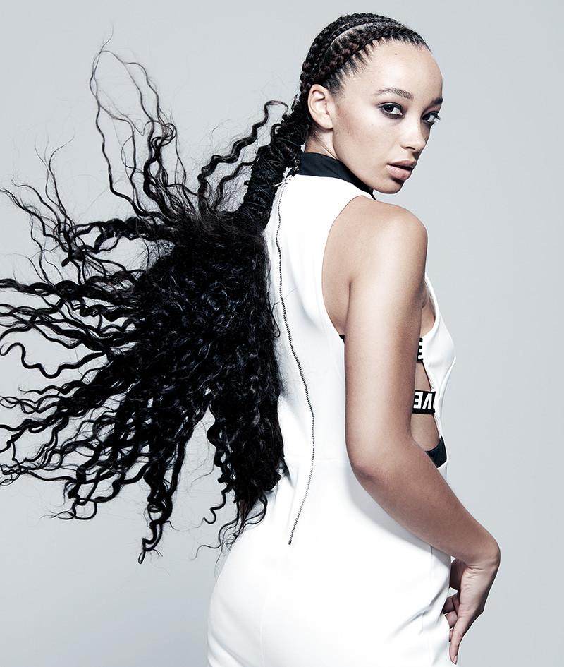 Kelly Angel 5