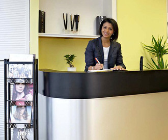 Creating a Welcoming Culture in Your Salon: 4 Top Tips