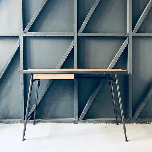 Escritorio metal madera