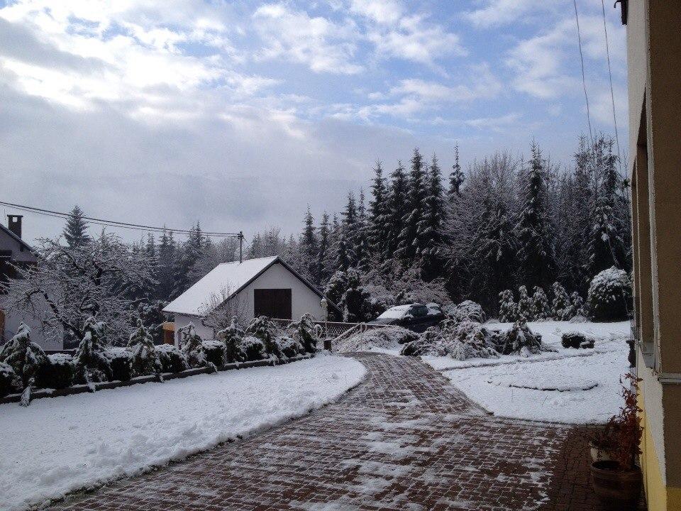 schneebedeckten Weg